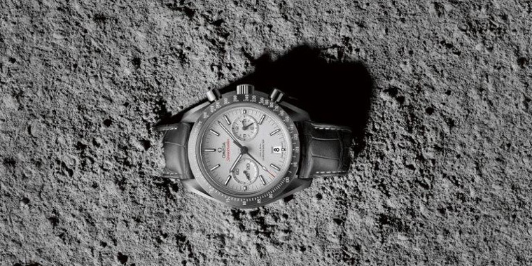 omega-speedmaster-grey-moon-2014-03