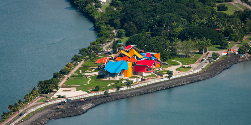 frank gehry 39 s colorful biomuseo project opens in panama. Black Bedroom Furniture Sets. Home Design Ideas