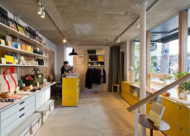 inside-new-monocle-tokyo-store-hq-mobile