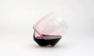 "Watch Superduperstudio's ""Spill-Proof"" Wine Glasses in Action"