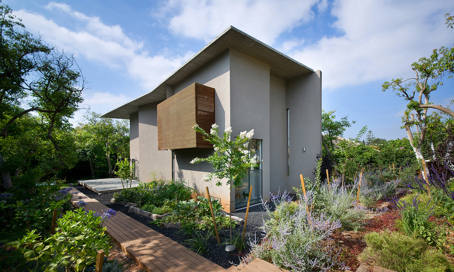 Avocado-Grove-House-FEATURED-0