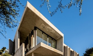 House in La Rufina – A Contemporary Concrete Argentinian Home