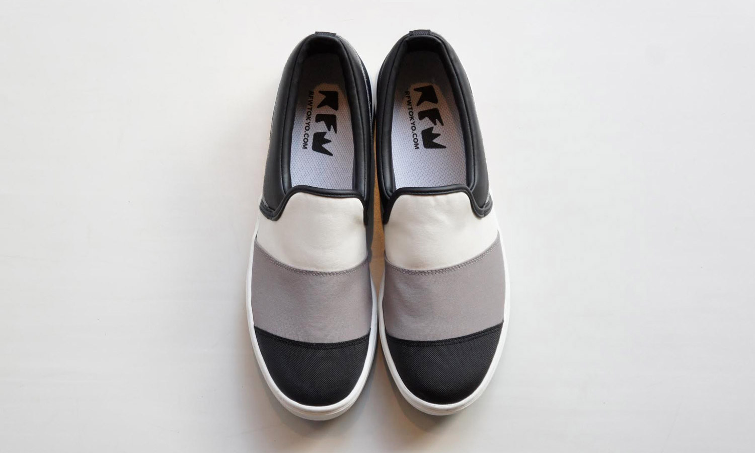 sale retailer 3b16f a4870 RFW Tokyo for Oshmans Exclusive Roll SlipOns Selectism best