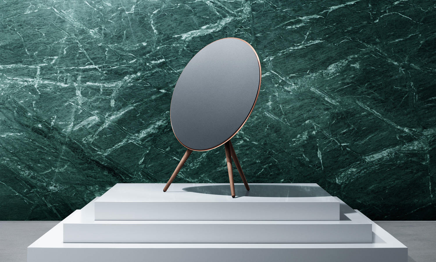 bang-olufsen-90-love-2015-feat