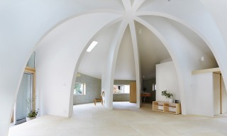 "The Open-Plan Dome ""House I"" by Hiroyuki Shinozaki Architects"