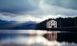 "Idyllic Lake Views from the ""Pumphouse Point"" Guest House in Tasmania"