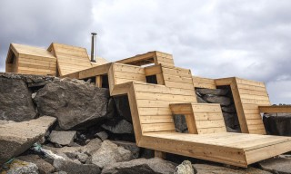 """The Bands"" – An Angular Norwegian Sauna with Stunning Views"