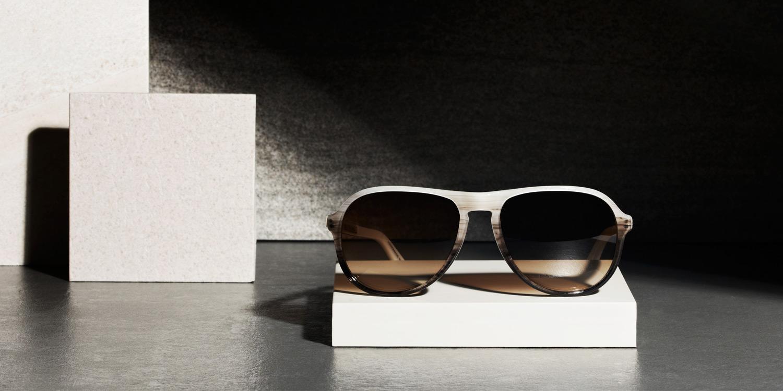 retro-sunglasses-2015-car