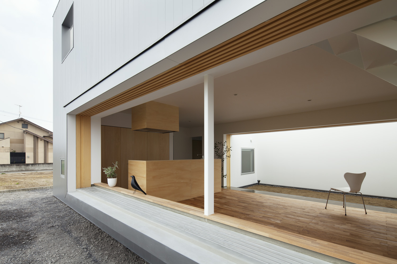 Cave-House-Japan-9