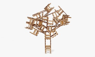 "The Fun & Simple ""Las Sillas"" Chair Game by Pico Pau"