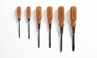 Throw-Back Wood Handle Screwdrivers from Hand-Eye Supply