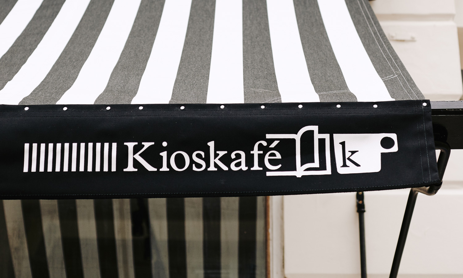 monocle-kioskafe-2015-feat