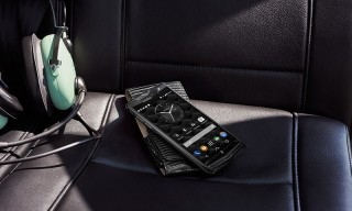 "Review | Vertu's Unmatched ""New Signature Touch"" Performance Smartphone"